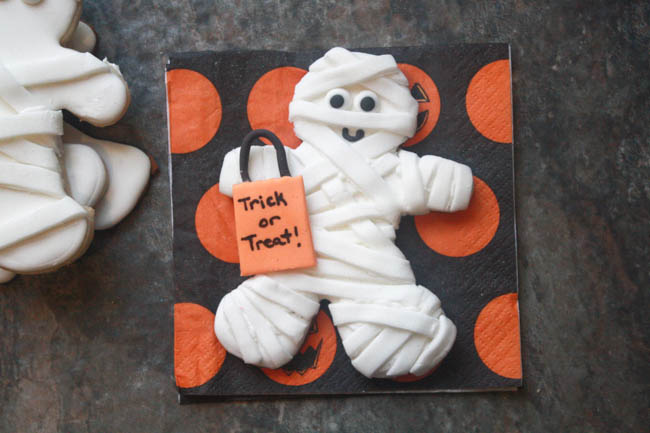 Mummy Trick-or-Treater Maple Sugar Cookies