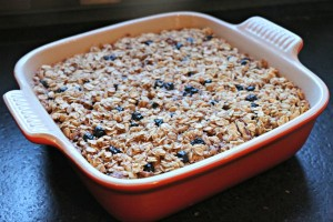 Easy Baked Blueberry Oatmeal
