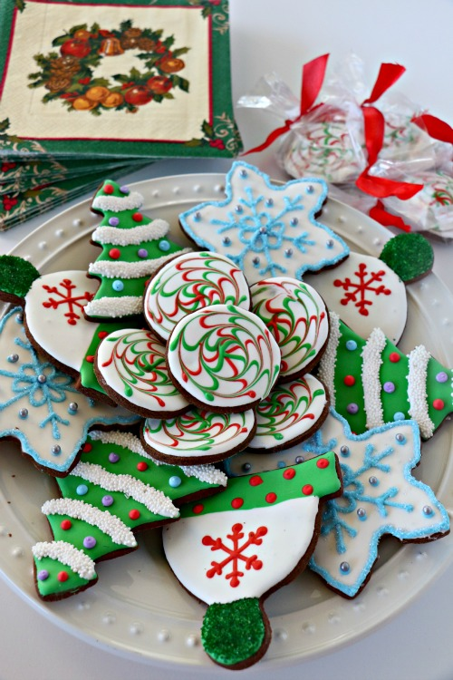 Dark Chocolate Sugar Cookies with Peppermint Icing - Peanut Butter and ...