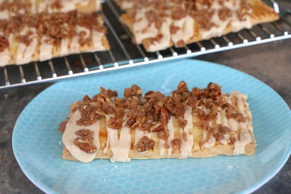 Spiced Peach Pop Tarts with Cinnamon-Pecan Streusel